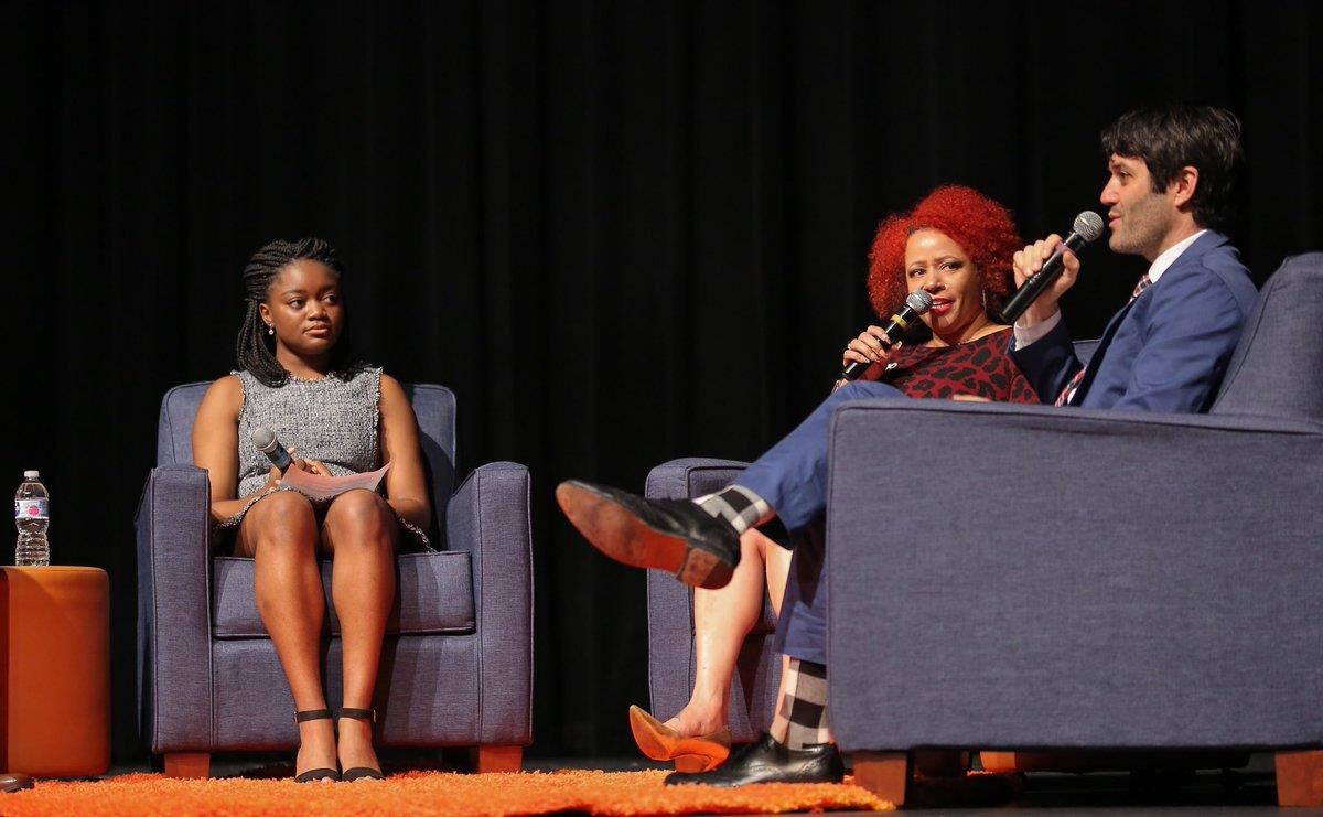 Journalist Nikole Hannah-Jones talks with Chicago high school students about the 1619 Project.
